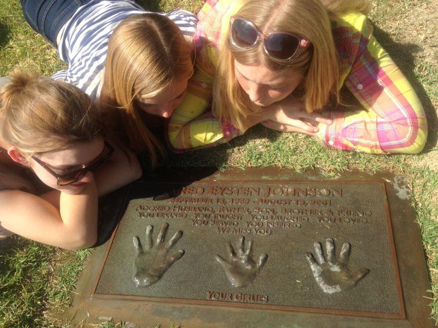 Girlies Sharing Memories of Gratitude